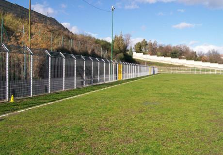 Recinzione a norma UNI 10121 alcuni campi da calcio